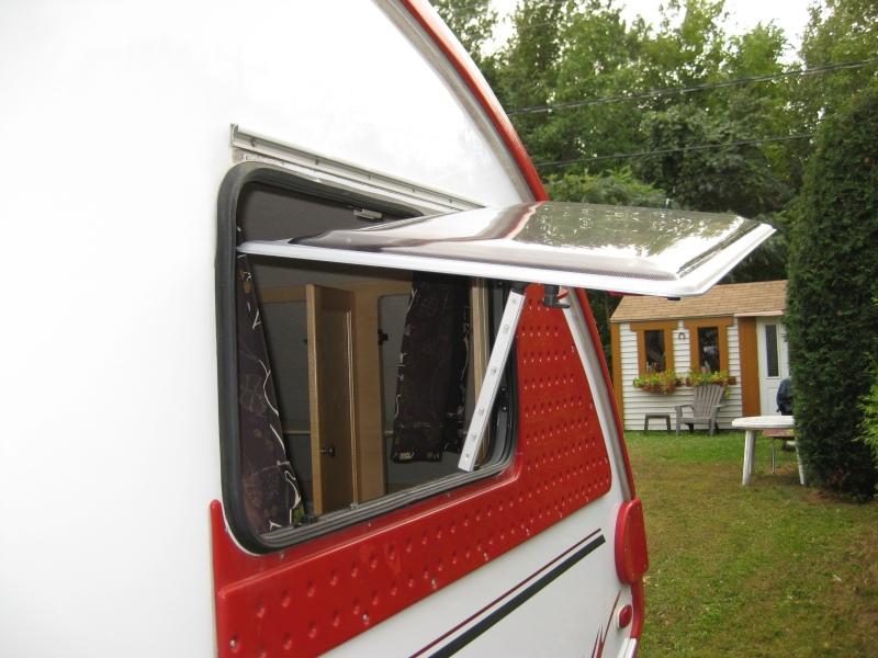 Fenêtre à remplacer Bris10