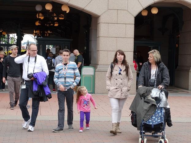 Disney nous revoilà avec la Dreamaker Family et émotions fortes garanties - Page 2 Dsc04114