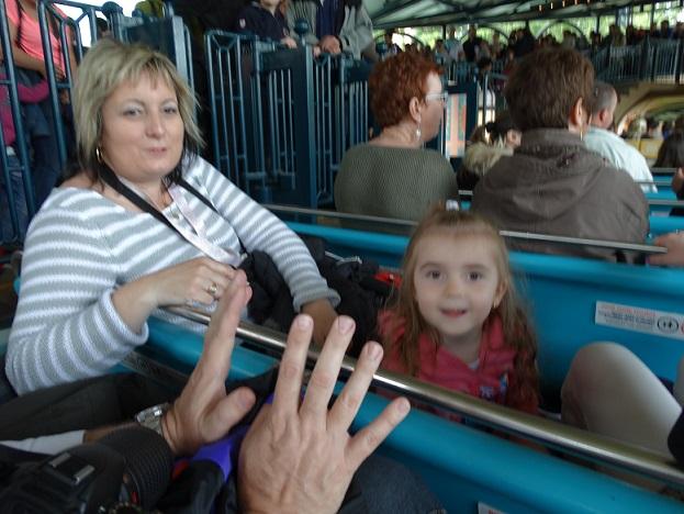 Disney nous revoilà avec la Dreamaker Family et émotions fortes garanties - Page 2 Dsc04212