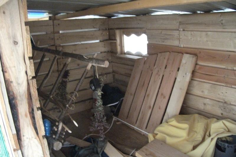 Cabane de berger sur roues Dscf2211