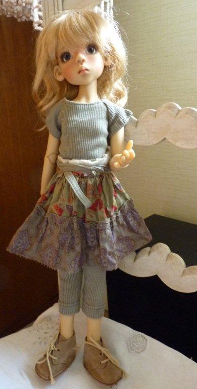 Youpi!! Layla vient d'arriver!nouvelle tenue P1060732