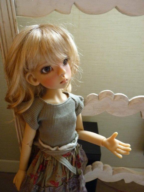 Youpi!! Layla vient d'arriver!nouvelle tenue P1060733