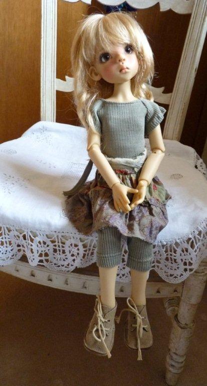 Youpi!! Layla vient d'arriver!nouvelle tenue P1060736