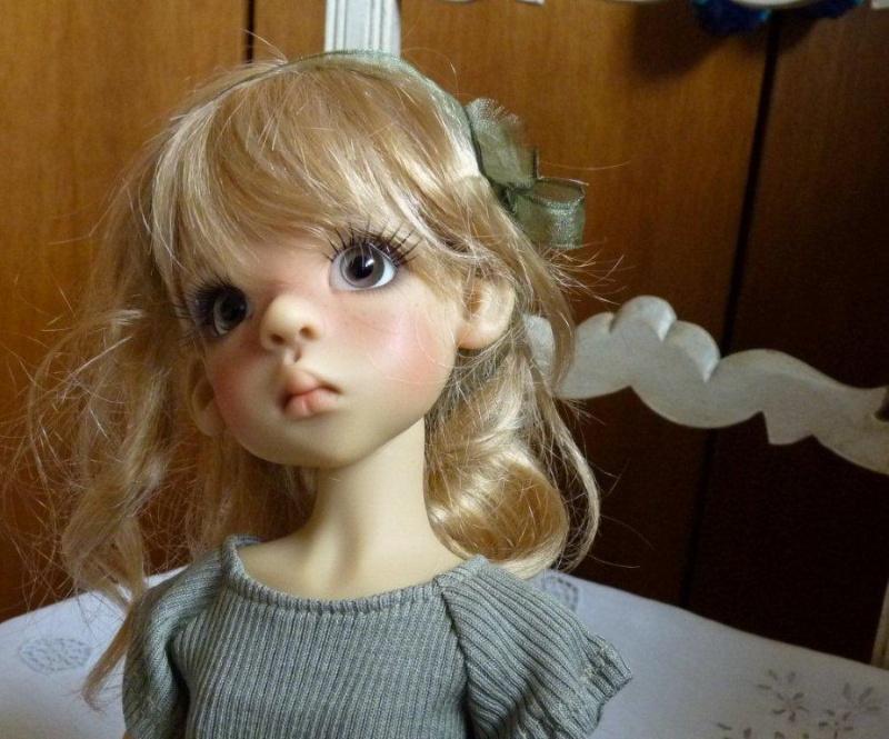 Youpi!! Layla vient d'arriver!nouvelle tenue P1060737