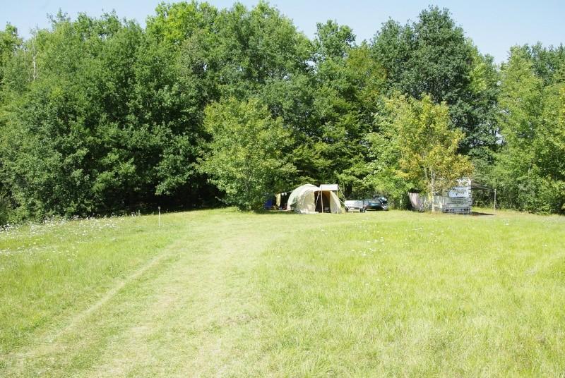 Recherche camping emplacement 300m2 nature calme _igp3210