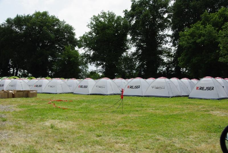 Urgent besoin d'aide pour ranger ma tente dans le coffre  _igp5717