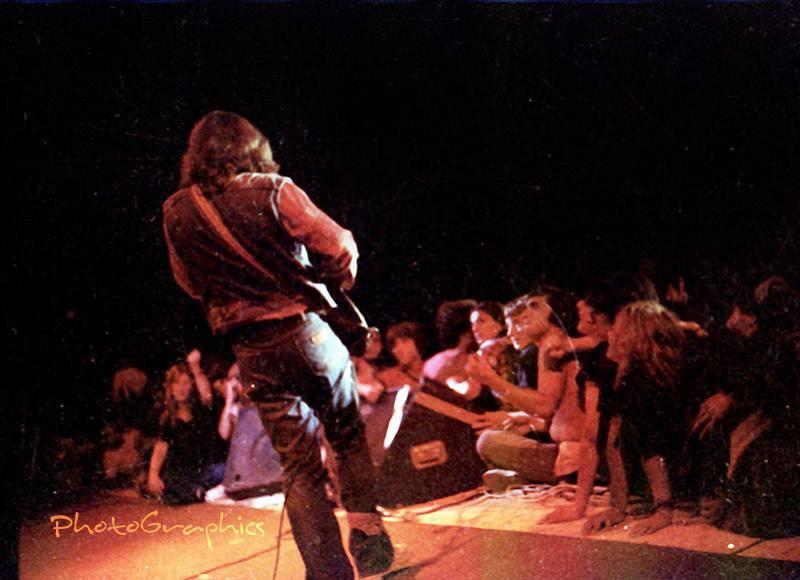 Les fans,le public de Rory  - Page 3 10364111