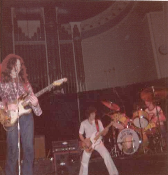 Photos de David Innes - Music Hall - Aberdeen  (UK)- 10 février 1977  10712810