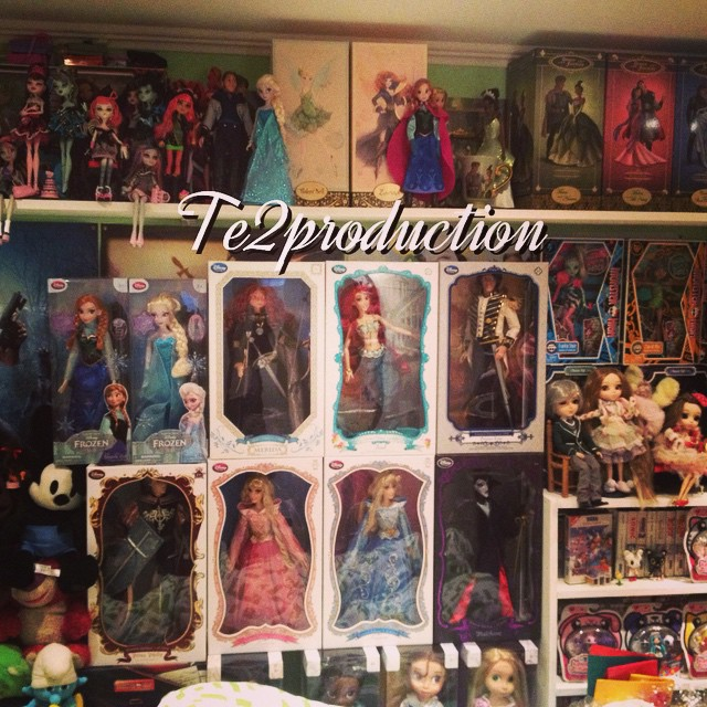 Disney Store Poupées Limited Edition 17'' (depuis 2009) - Page 6 15079010