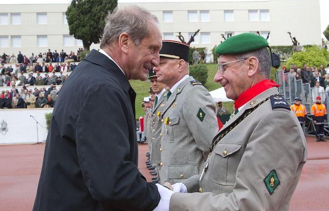Pâques 2012 : Padre Yannick Lallemand, une promotion méritée dans l'Ordre de la Légion d'honneur Lallem10