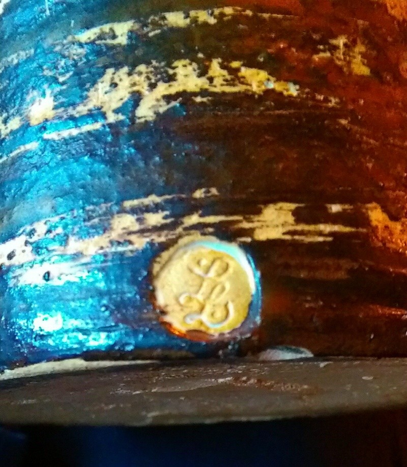 Anybody recognise the makers mark on this vase? Imag0110