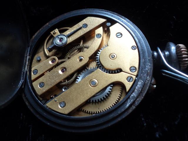 vulcain - [Postez ICI vos demandes d'IDENTIFICATION et RENSEIGNEMENTS de vos montres] - Page 12 Calink10