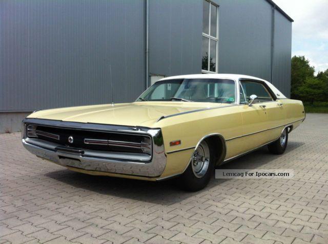 1970 Chrysler 300  Dodge_10