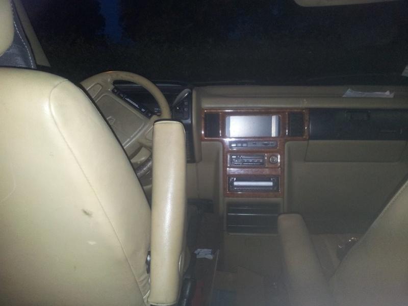 intérieur cuir 2 sièges + 2 banquettes  10726710