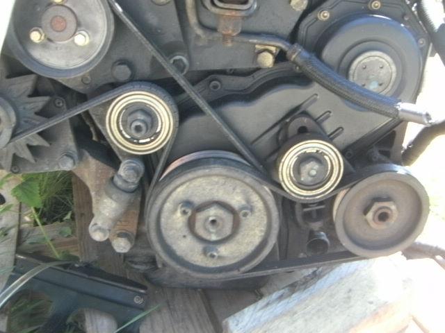 Recherche système tension courroie pompe DA S2 TD 1995 Moteur11