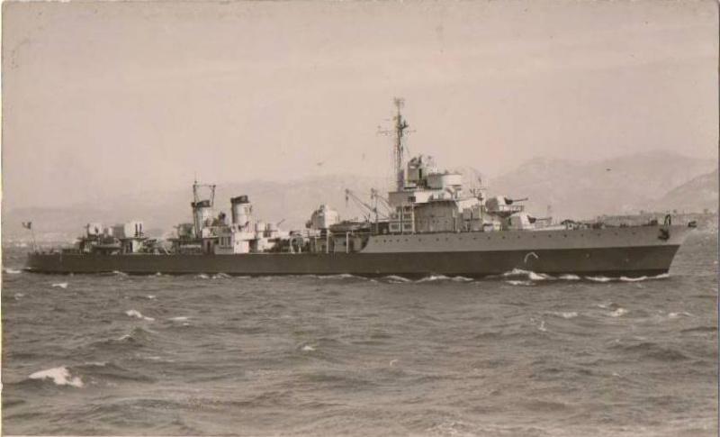 Les contre-torpilleurs français Albatr12