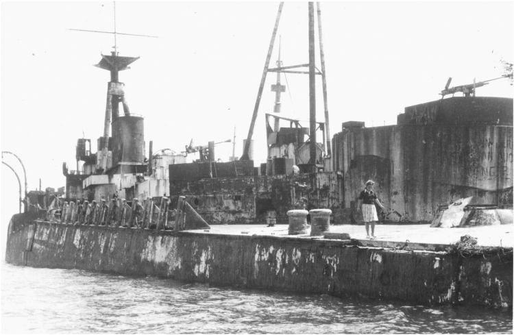 6 juin 1944 Débarquement en Normandie  - Page 3 Centur12