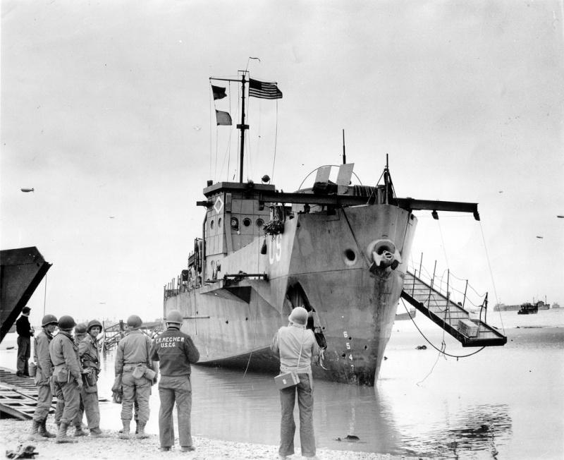 6 juin 1944 Débarquement en Normandie  Lcil9310