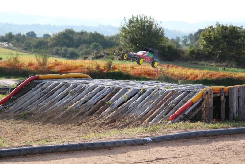 Course de Ligue 8 TT1/5 - AMCH63 - 28/09/2014 Img_0510