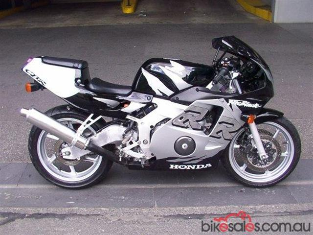 μοτοσυκλετες μεχρι 47 αλογα Honda210