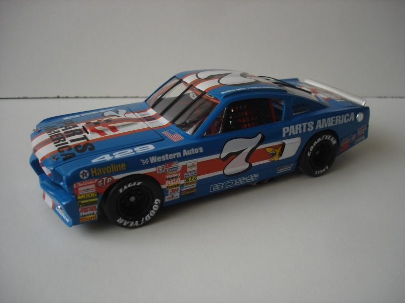 Mustang '65 NASCAR enfin FINI - Page 5 Dsc08712