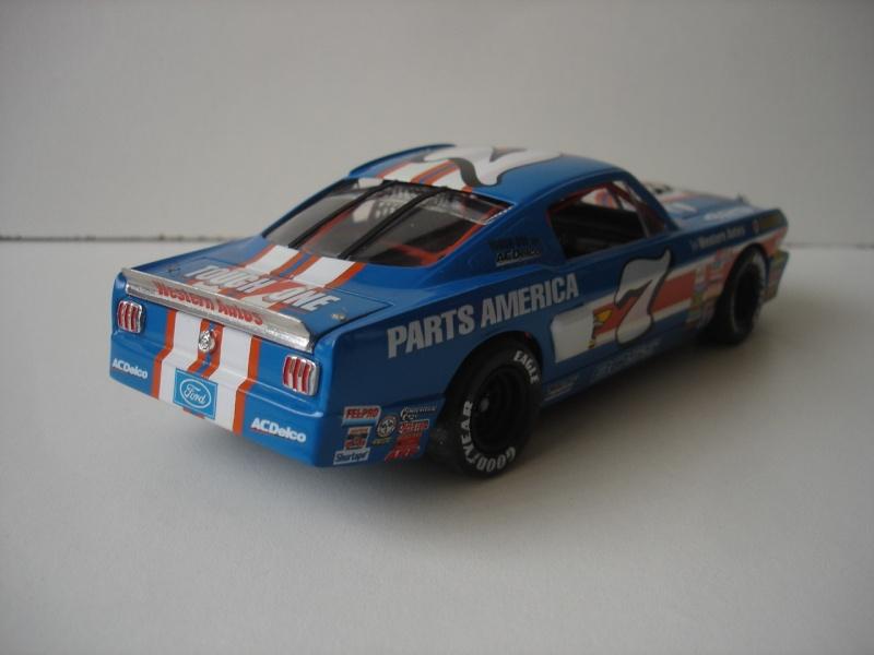 Mustang '65 NASCAR enfin FINI - Page 5 Dsc08716
