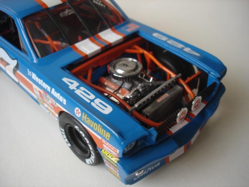 Mustang '65 NASCAR enfin FINI - Page 5 Dsc08723