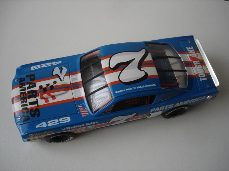 Mustang '65 NASCAR enfin FINI - Page 4 Dsc08727