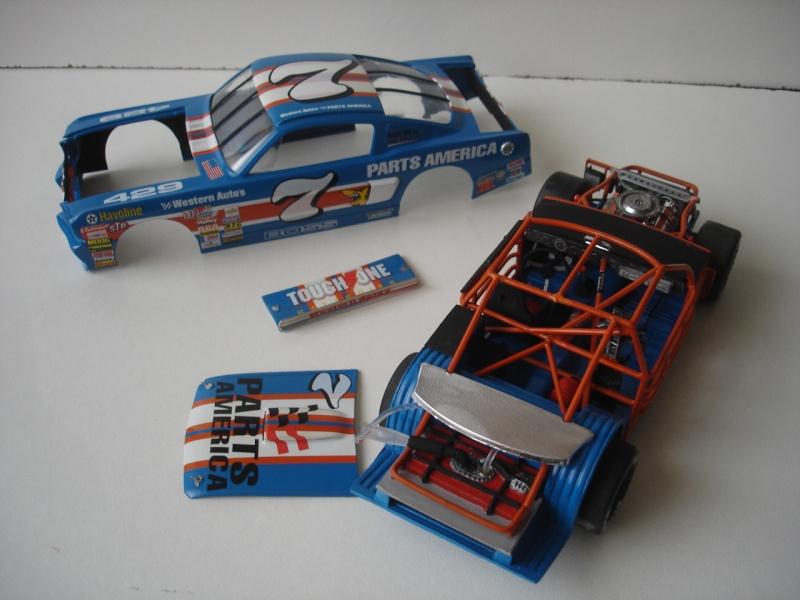 Mustang '65 NASCAR enfin FINI - Page 5 Dsc08728