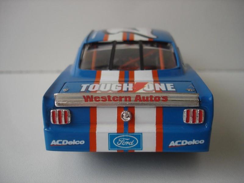 Mustang '65 NASCAR enfin FINI - Page 5 Dsc08741
