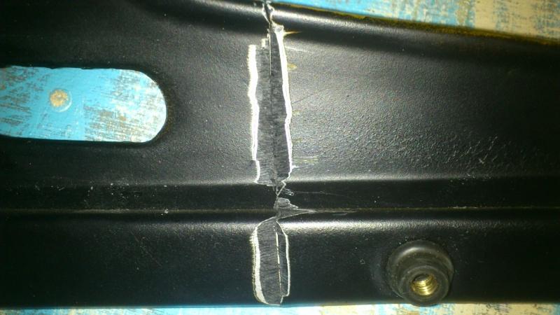 Réparation de carenage en ABS Dsc_0015