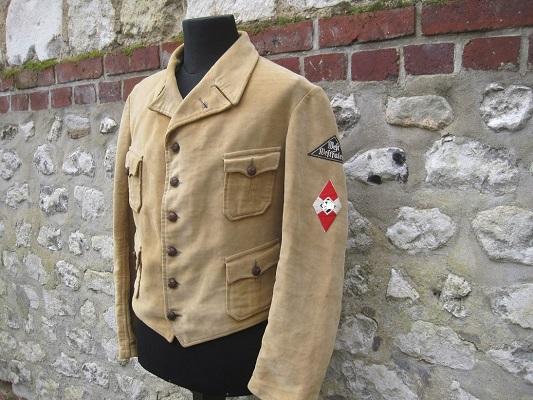 Collection Dorn,en vrac,Hitlerjugend et Bund Deutscher Mädel ... H-800-10