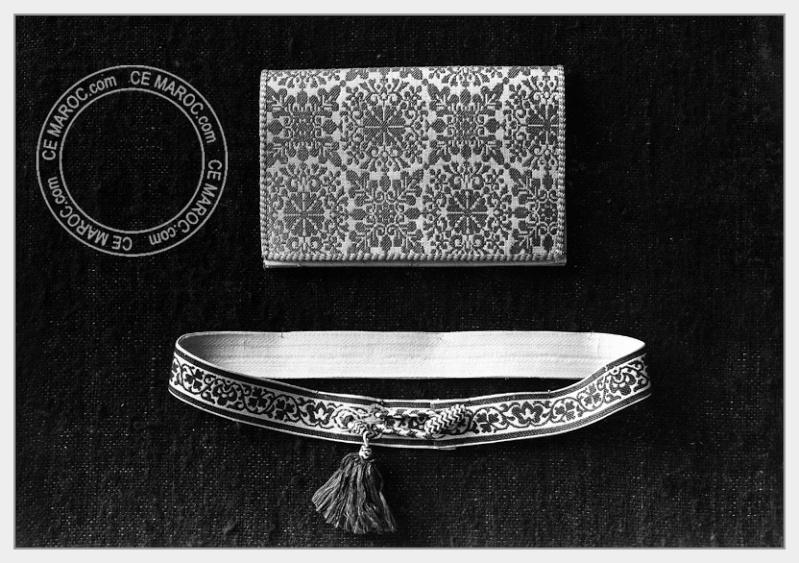 Fez : les dinandiers, les bijoutiers, les tisserands. 02-20410