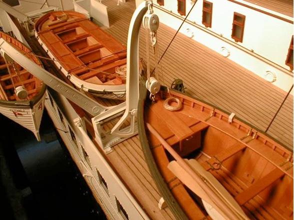 titanic - Modifiche e Correzioni Titanic Hachette by bianco64squalo - Pagina 30 370_bm10