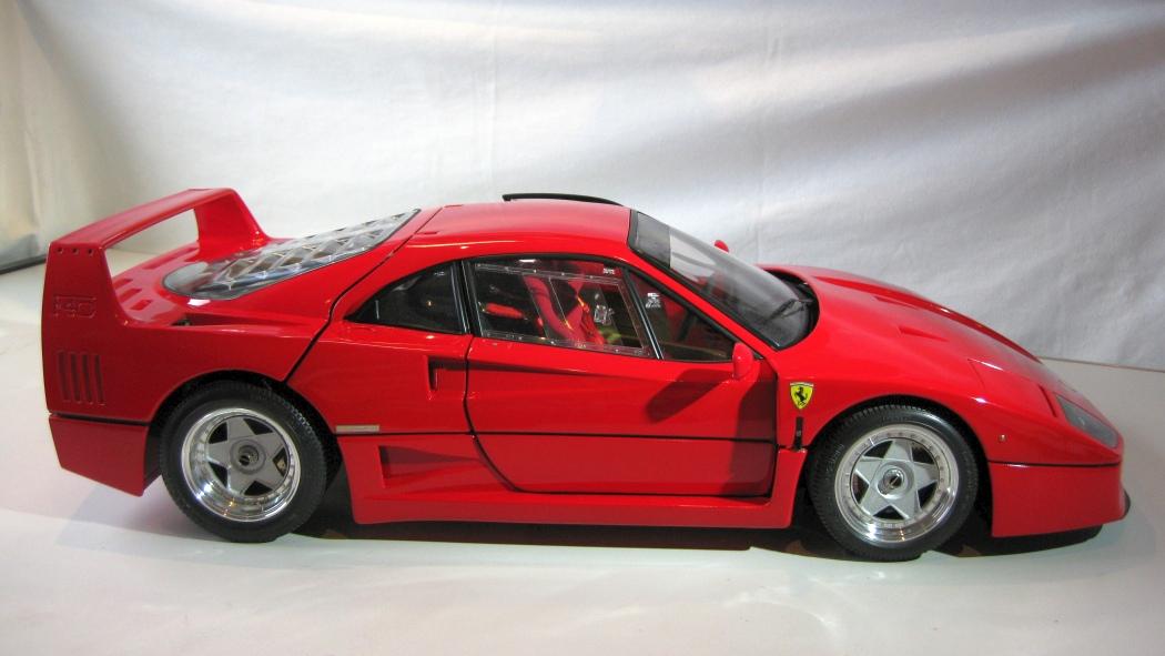 Ferrari F40 von Pocher 1:8 mit autograph Transkit gebaut von Paperstev - Seite 7 001_f410