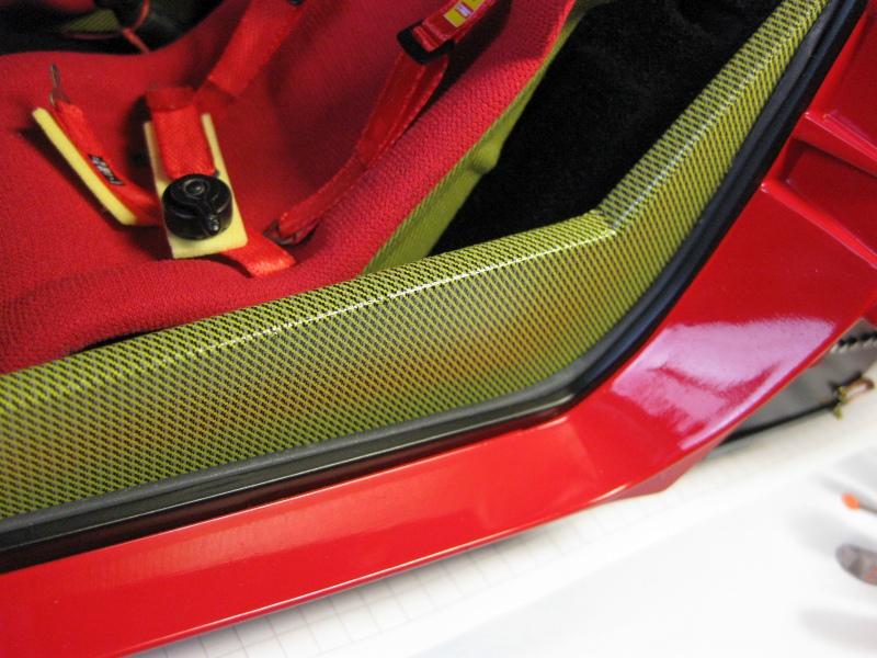 Ferrari F40 von Pocher 1:8 mit autograph Transkit gebaut von Paperstev - Seite 6 001_tz12