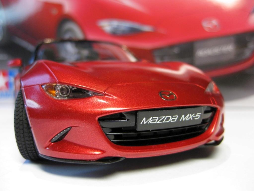 Mazda MX-5 Tamiya 1:24 gebaut von Paperstev 003_ba17