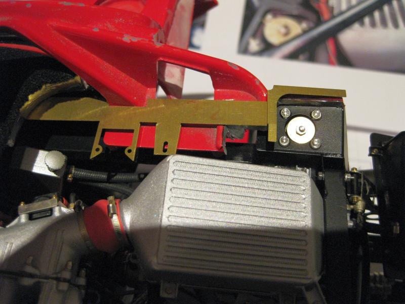 Ferrari F40 von Pocher 1:8 mit autograph Transkit gebaut von Paperstev - Seite 4 004_fa10