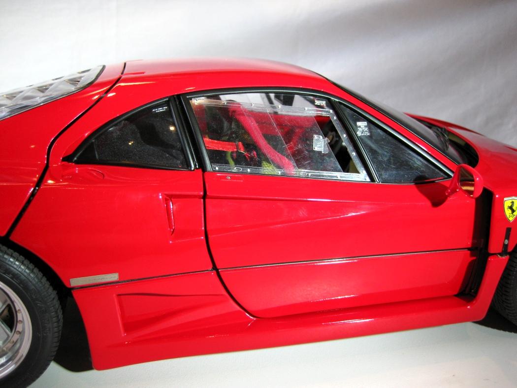 Ferrari F40 von Pocher 1:8 mit autograph Transkit gebaut von Paperstev - Seite 7 005_f410