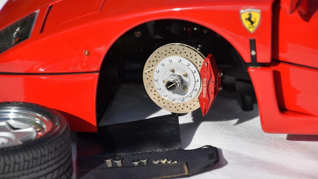 Ferrari F40 von Pocher 1:8 mit autograph Transkit gebaut von Paperstev 006_f410