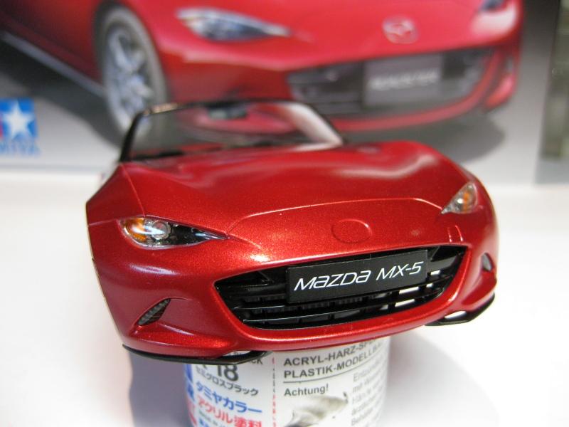 Mazda MX-5 Tamiya 1:24 gebaut von Paperstev 007_ba13