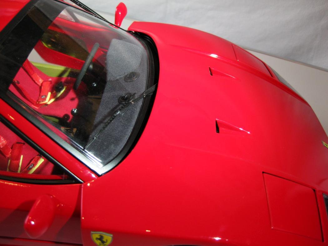 Ferrari F40 von Pocher 1:8 mit autograph Transkit gebaut von Paperstev - Seite 7 007_f410