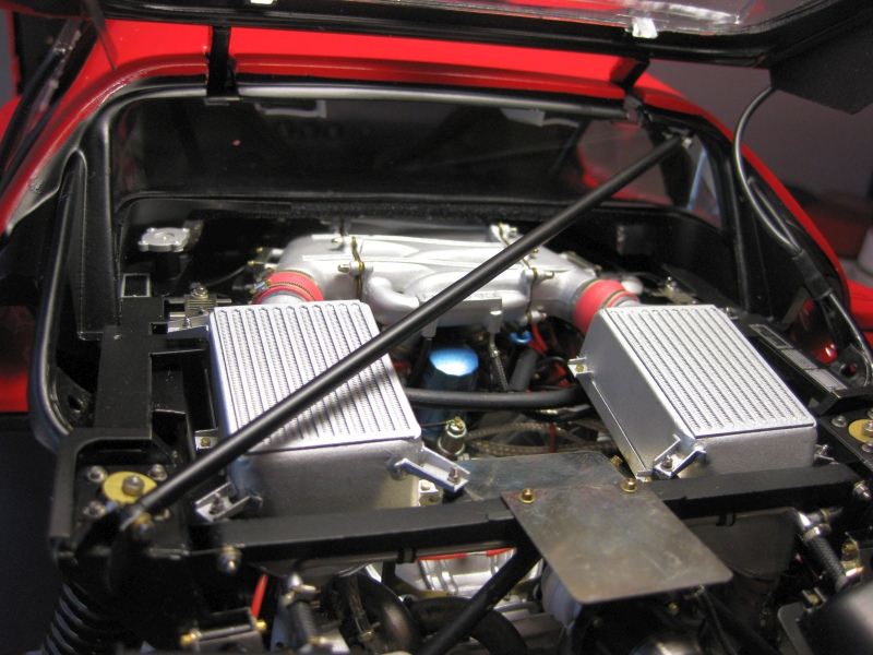 Ferrari F40 von Pocher 1:8 mit autograph Transkit gebaut von Paperstev - Seite 6 007_mo10