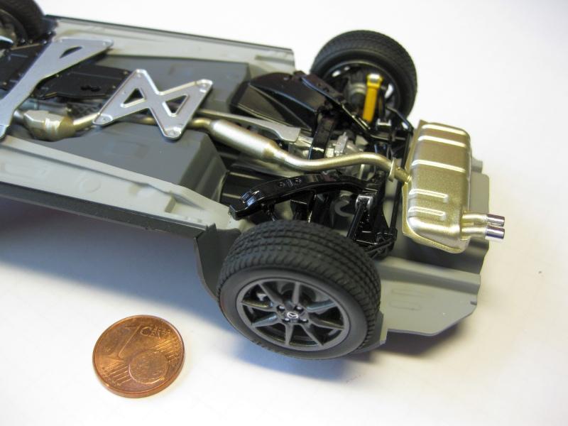 Mazda MX-5 Tamiya 1:24 gebaut von Paperstev 008_ba11