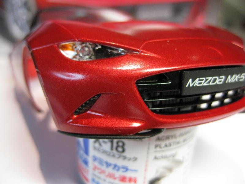 Mazda MX-5 Tamiya 1:24 gebaut von Paperstev 008_ba12