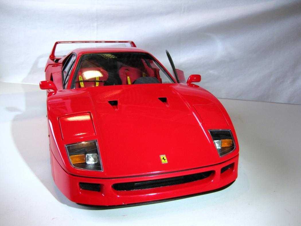 Ferrari F40 von Pocher 1:8 mit autograph Transkit gebaut von Paperstev - Seite 7 009_f410