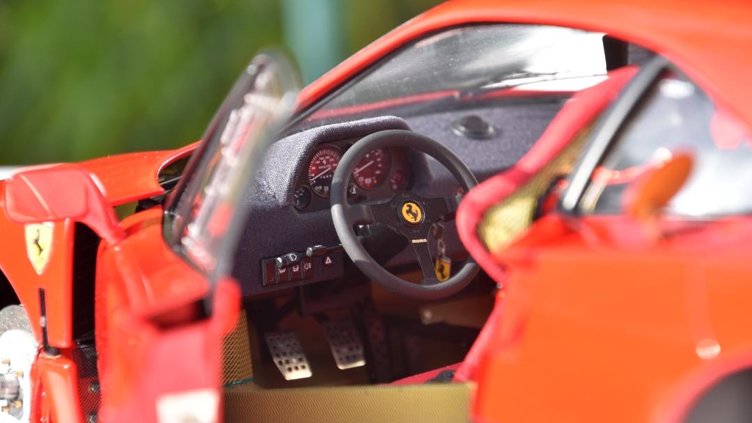 Ferrari F40 von Pocher 1:8 mit autograph Transkit gebaut von Paperstev 009_f411
