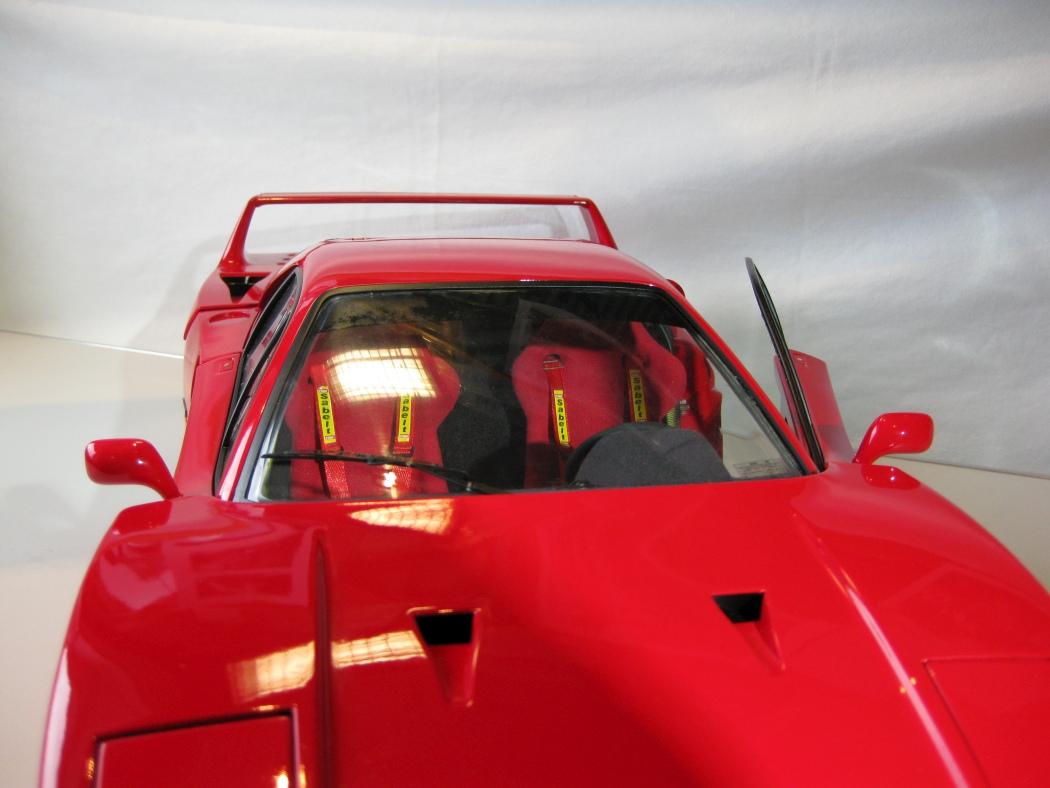 Ferrari F40 von Pocher 1:8 mit autograph Transkit gebaut von Paperstev - Seite 7 010_f410
