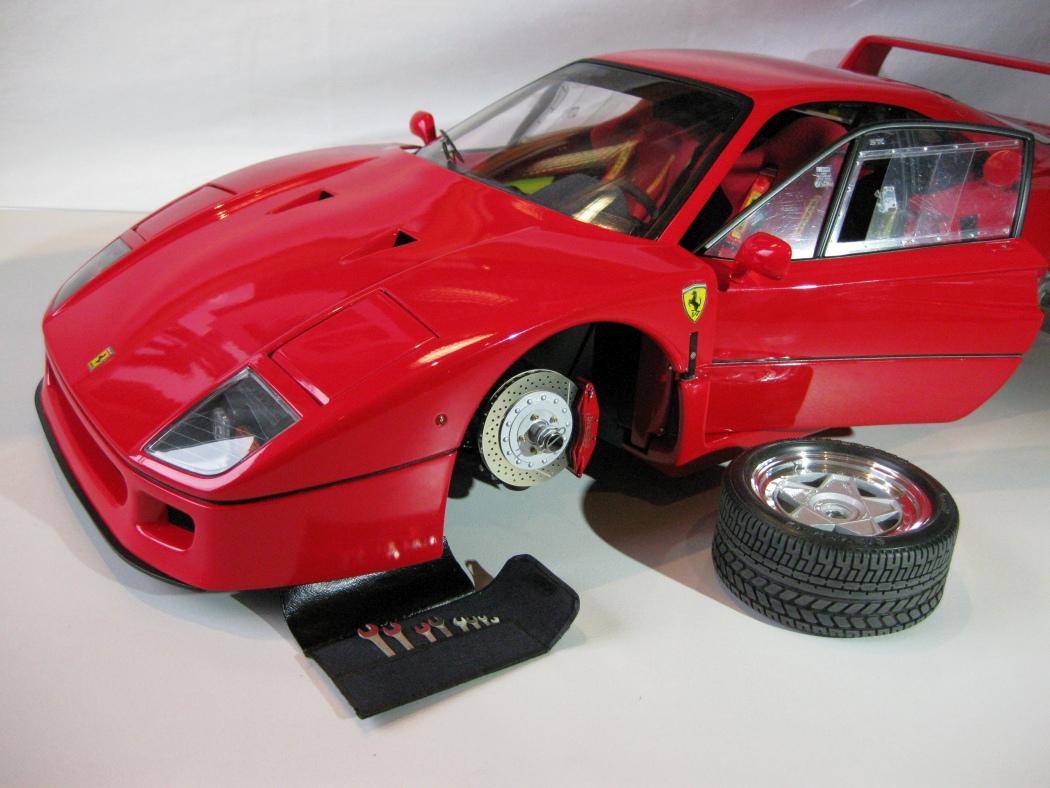 Ferrari F40 von Pocher 1:8 mit autograph Transkit gebaut von Paperstev - Seite 7 011_f410