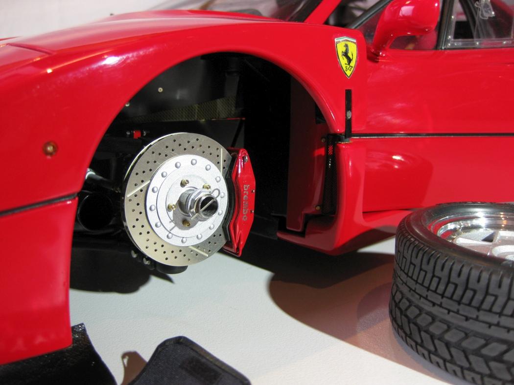 Ferrari F40 von Pocher 1:8 mit autograph Transkit gebaut von Paperstev - Seite 7 012_f410